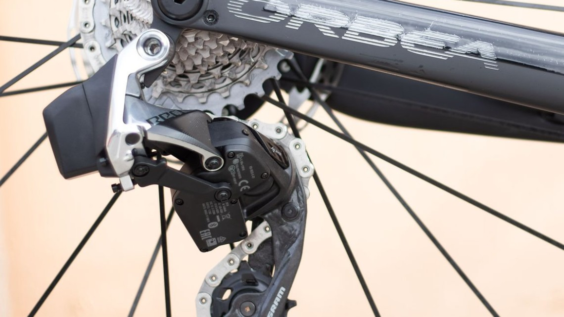 SRAM RED eTAP AXS 12-speed electronic components unveiled. There's just one rear derailleur for Red. © A. Yee / Cyclocross Magazine