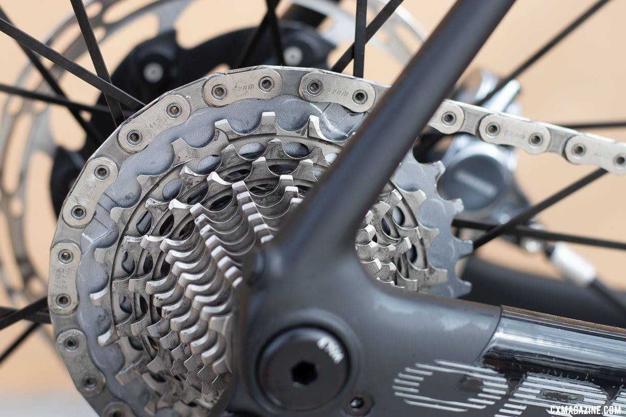 SRAM RED eTAP AXS cassettes come in 3 sizes and require XD-R freehubs. © A. Yee / Cyclocross Magazine