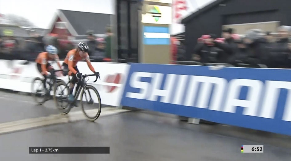 Annemarie Worst was the first across the line in Lap 1.