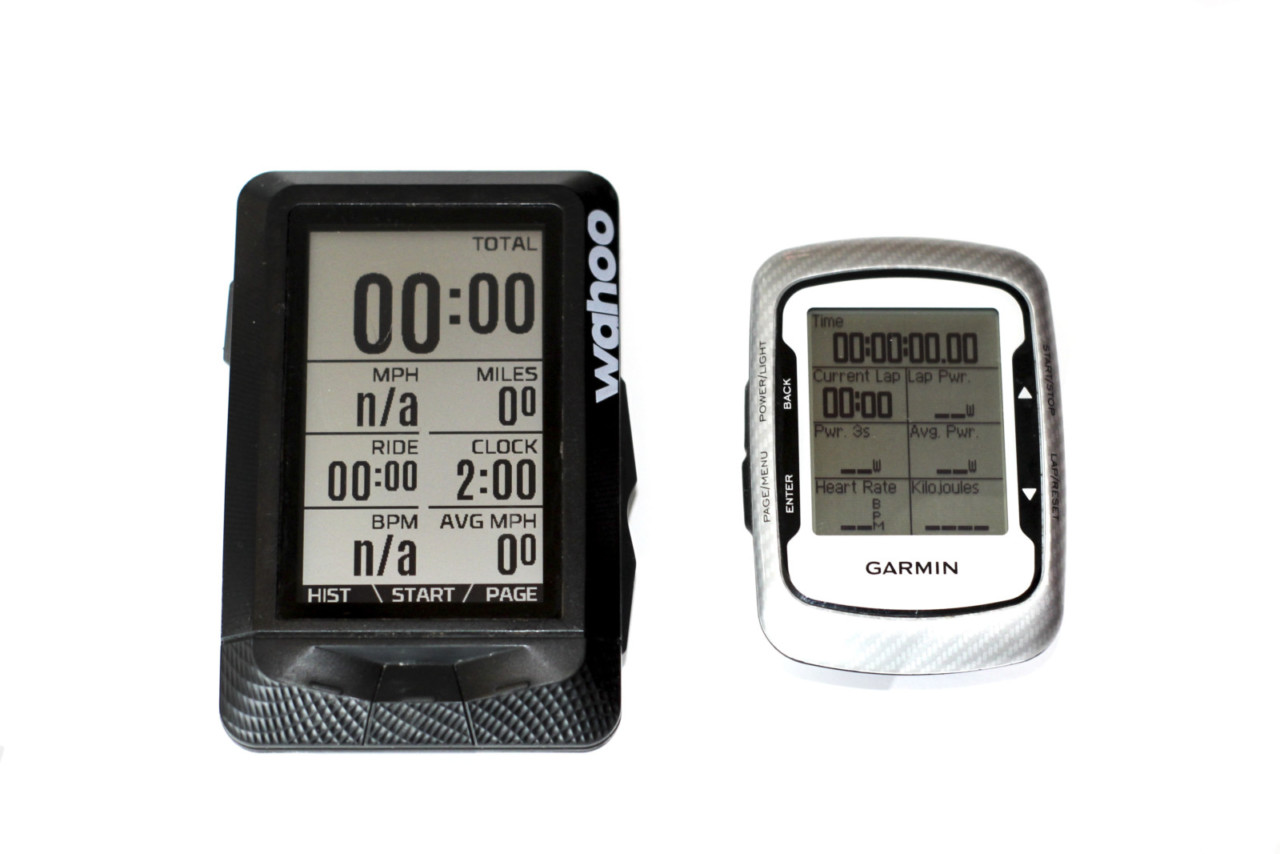 The Elemnt is bigger than more compact computers like the Garmin Edge 500. Wahoo Elemnt GPS Cycling Computer. © Z. Schuster / Cyclocross Magazine
