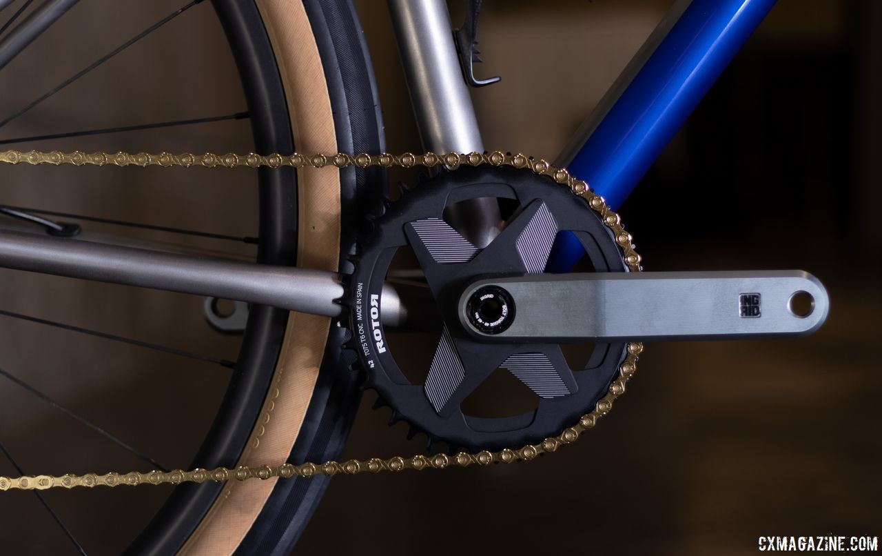 The Ingrid crankset paired to a Rotor ring certainly was eye-catching. TRed Muur titanium monster cross / gravel bike. 2019 NAHBS Sacramento. © A. Yee / Cyclocross Magazine