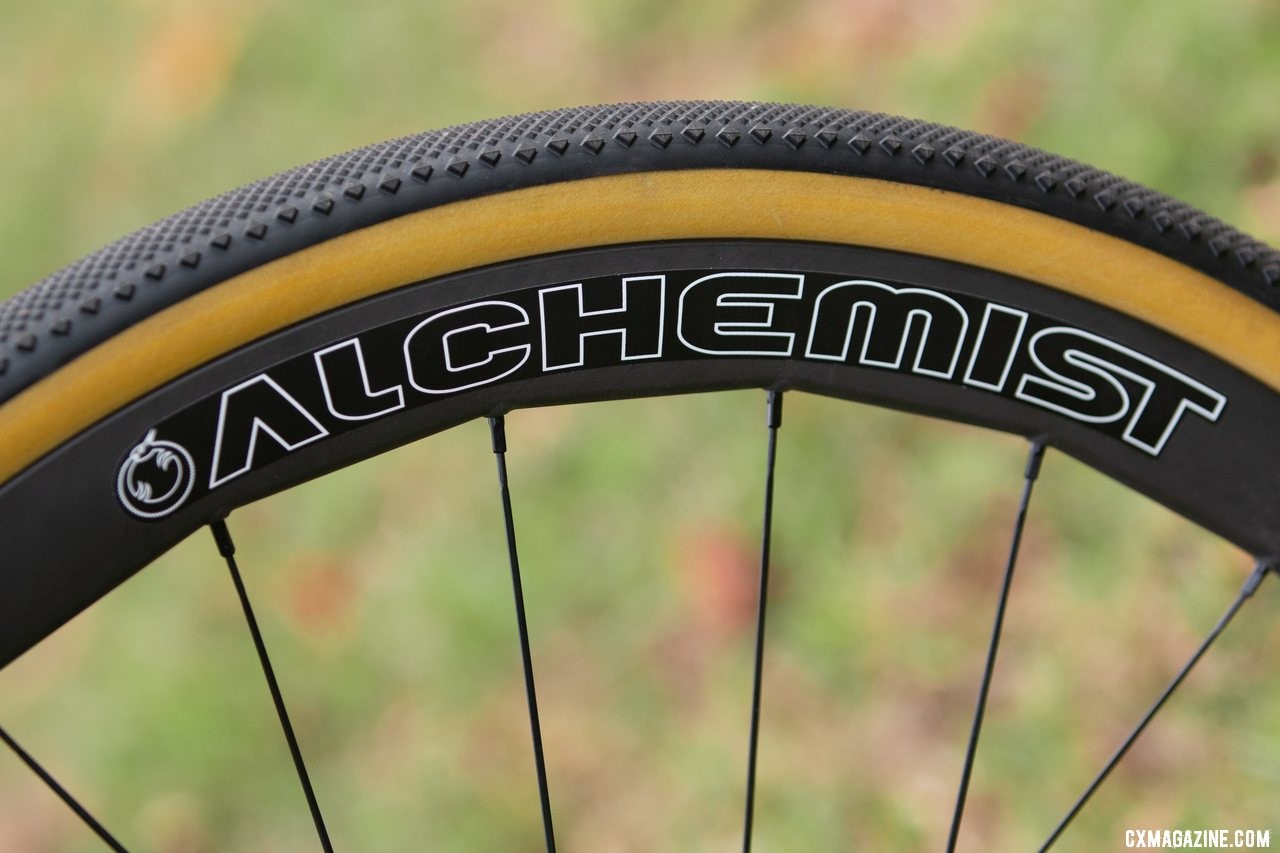 The Alchemist Z40 carbon wheels came dressed with non-tubeless Challenge open tubulars, but offered an airtight platform for Specialized Terra 38mm tires. Dean Bikes Team Edition titanium cyclocross. © A. Yee / Cyclocross Magazine