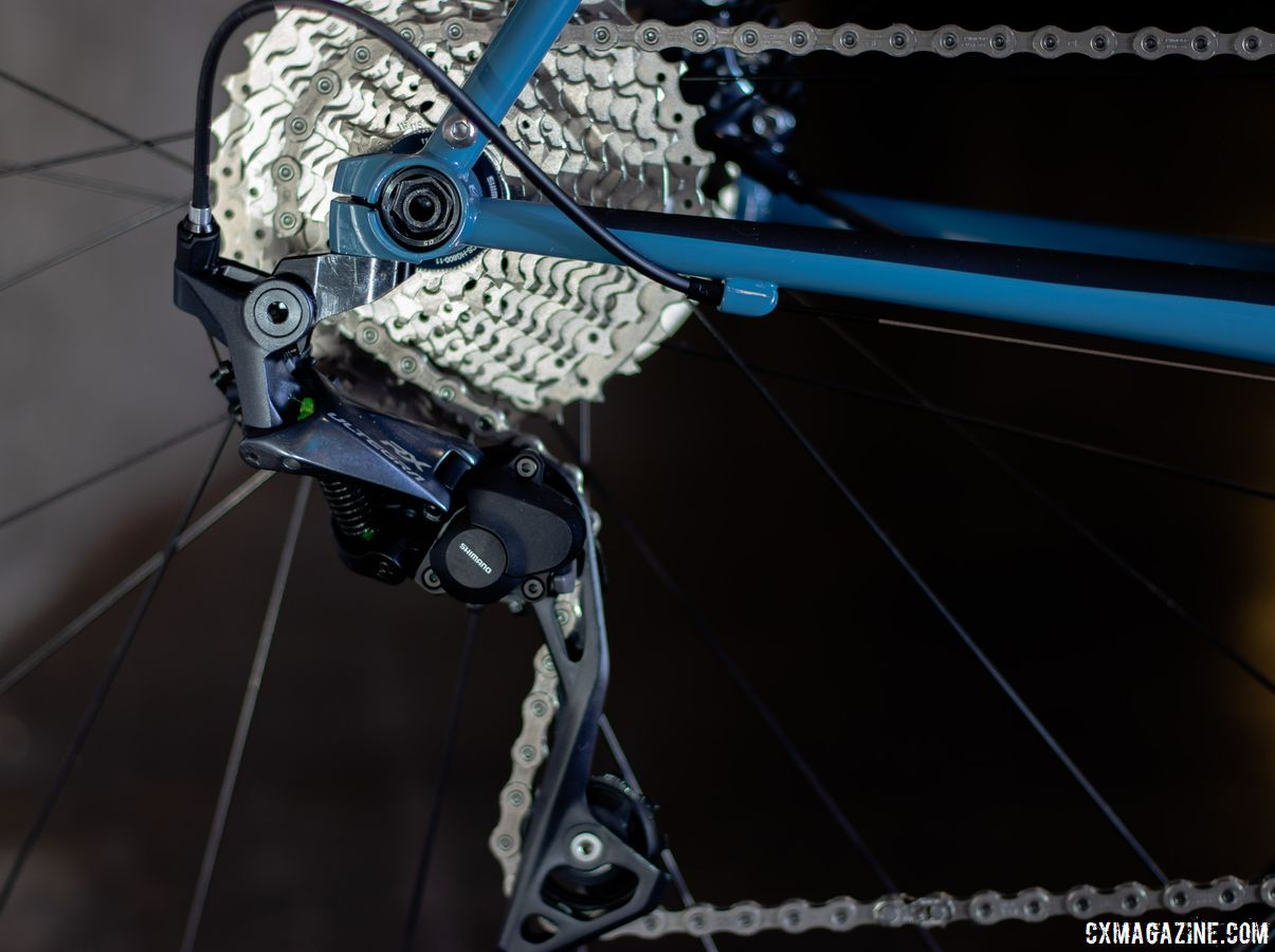 The complete bike stock build features an Ultegra mechanical hydraulic group and the RX800 rear derailleur for $4500. DeSalvo's 20th anniversary gravel bike. 2019 NAHBS Sacramento. © A. Yee / Cyclocross Magazine