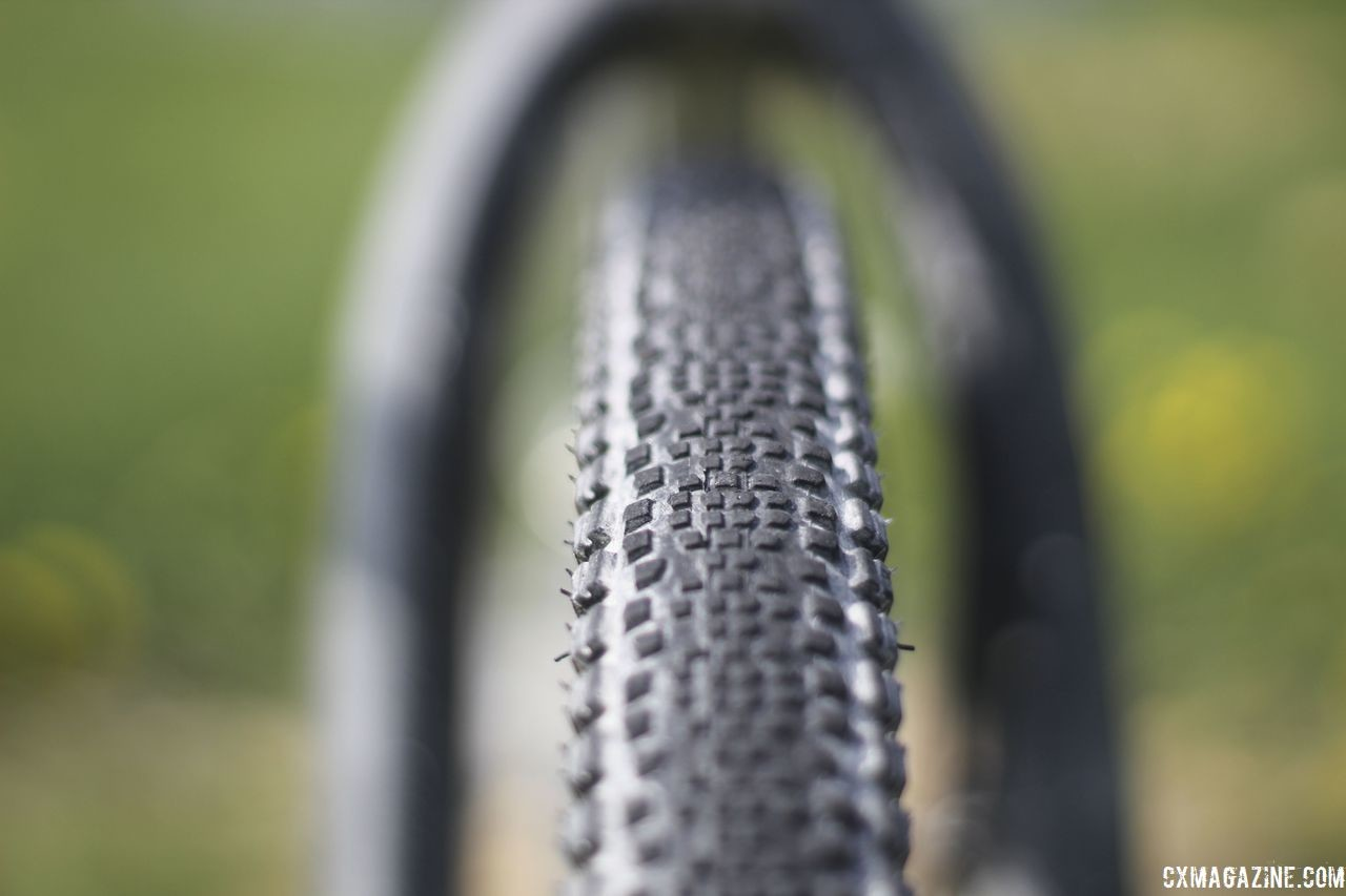 Legan went with 37mm WTB Riddler tires at Almanzo, which is right in her gravel tire sweet spot. Kristen Legan's Titanium Firefly Cyclocross/Gravel Bike. © Z. Schuster / Cyclocross Magazine
