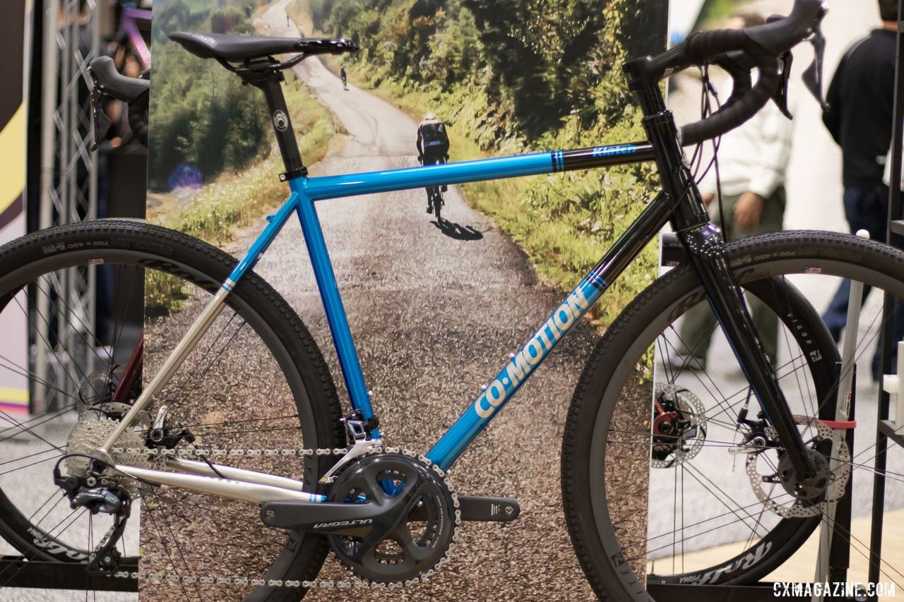 The Co-Motion Klatch steel gravel bike has received a few changes over the years, including increased clearance for 45mm tires and flat mount brakes. 2019 NAHBS Sacramento. © A. Yee / Cyclocross Magazine