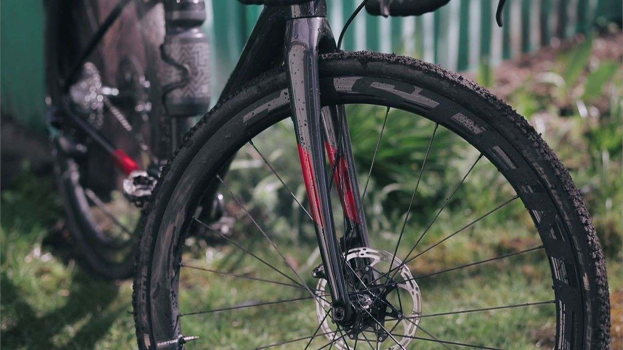 The Easton EC90 SL wheelset is ready for both cyclocross and gravel.