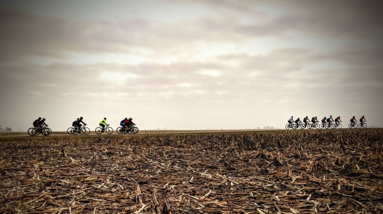The Rough Road 100 course is relatively flat, and yes, there is plenty of corn to be seen. 2019 Rough Road 100 Gravel Race. © Craig Patnode