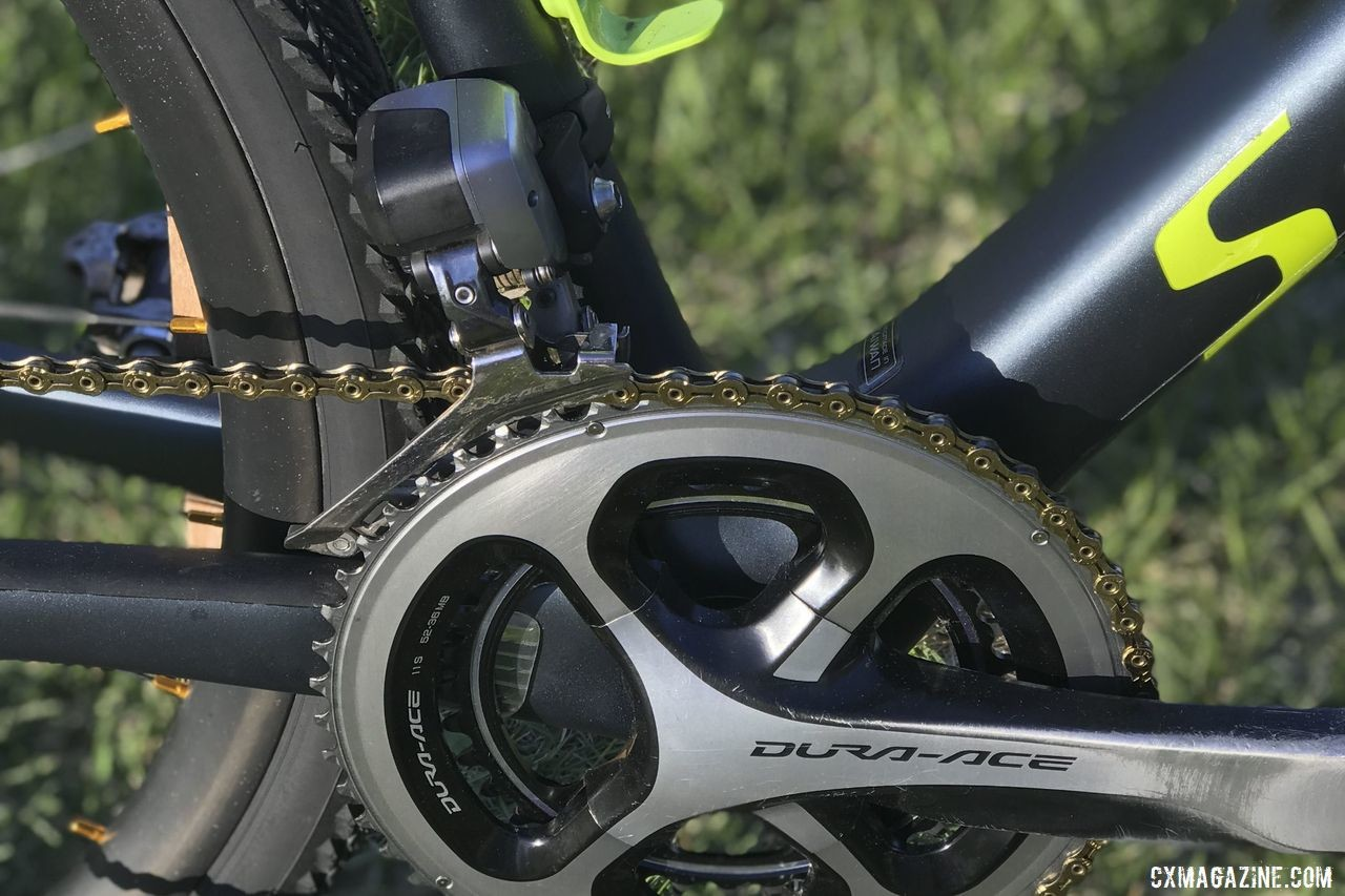 Bouchard-Hall's drivetrain is electric, with Ultegra R8070 derailleurs. Kevin Bouchard-Hall's S-Works CruX Cyclogroad Bike, 2019 Rasputitsa Gravel Race. © K. Bouchard-Hall