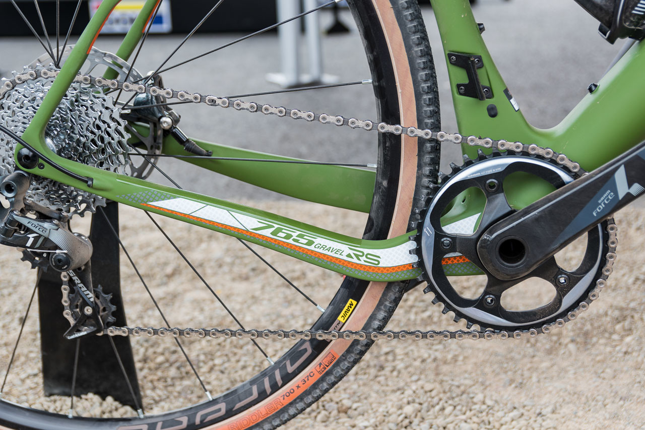 The Look 765 Gravel uses a drop stay design for tire and chain ring clearance. Look 765 Gravel RS Gravel Bike, 2019 Sea Otter Classic. © C. Lee / Cyclocross Magazine