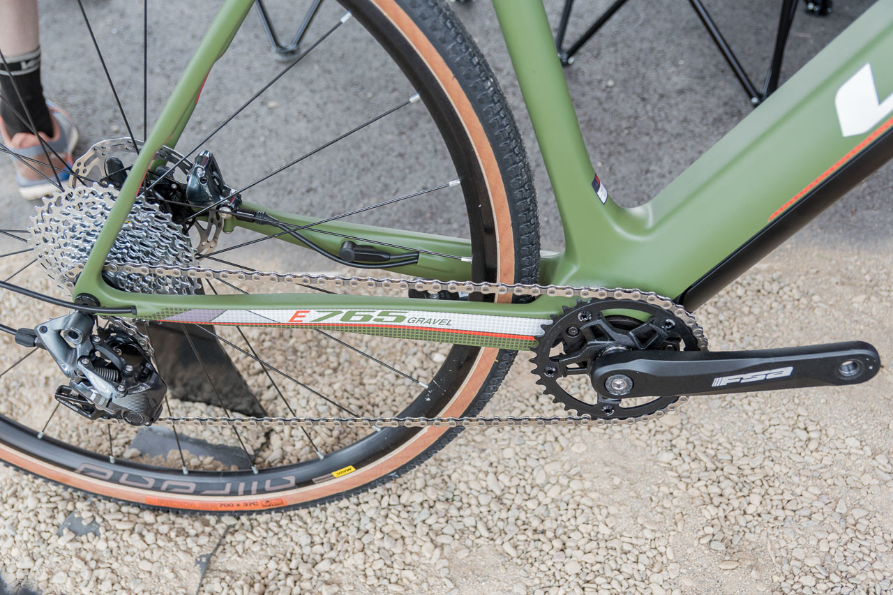 On the drive side, it's hard to immediately tell the E-765 gravel has a motor. Look E-765 Gravel RS Gravel Bike, 2019 Sea Otter Classic. © C. Lee / Cyclocross Magazine