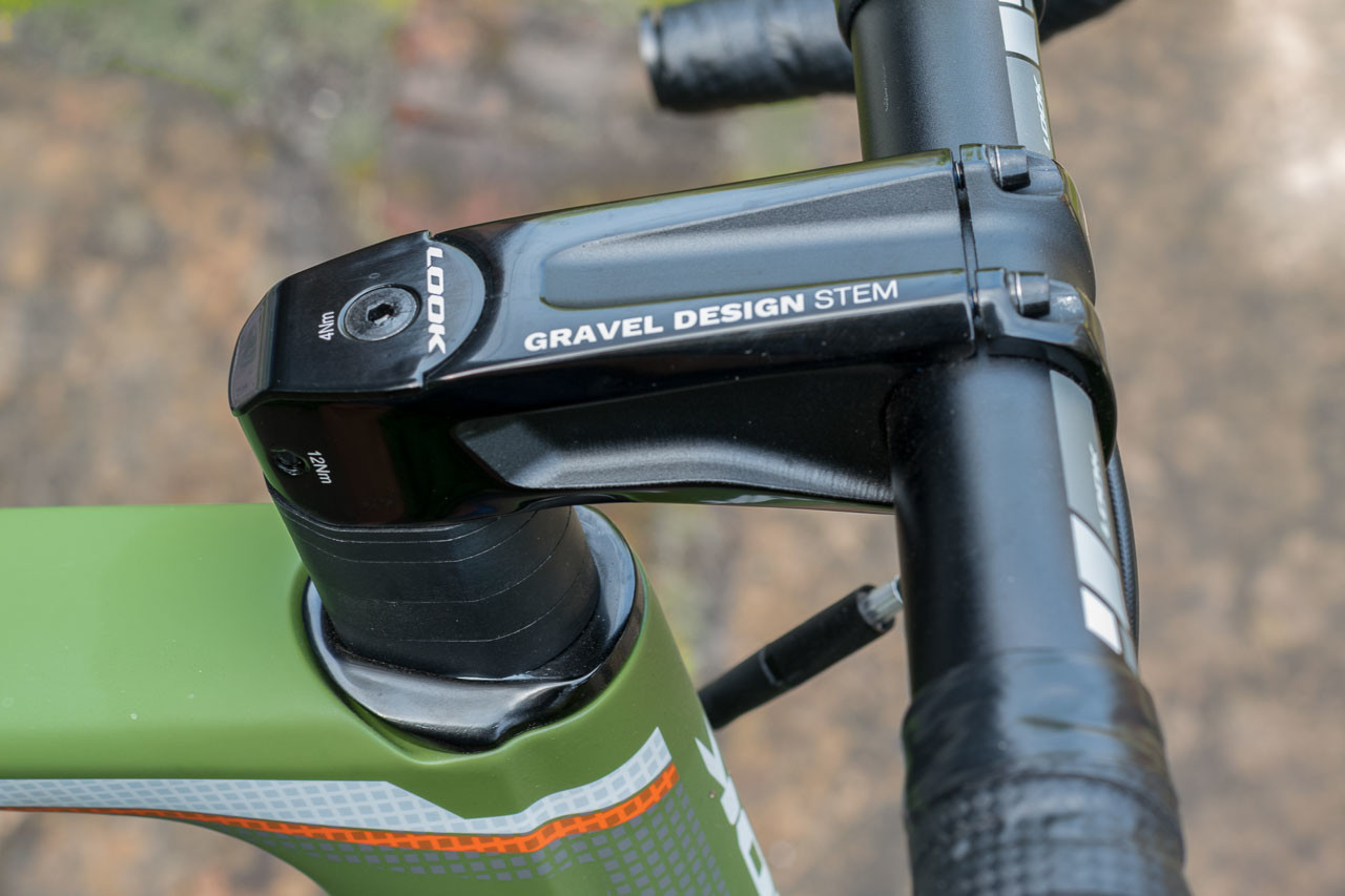 The 765 Gravel RS has an integrated-style stem that still allows you to swap in your own. Look 765 Gravel RS Gravel Bike, 2019 Sea Otter Classic. © C. Lee / Cyclocross Magazine