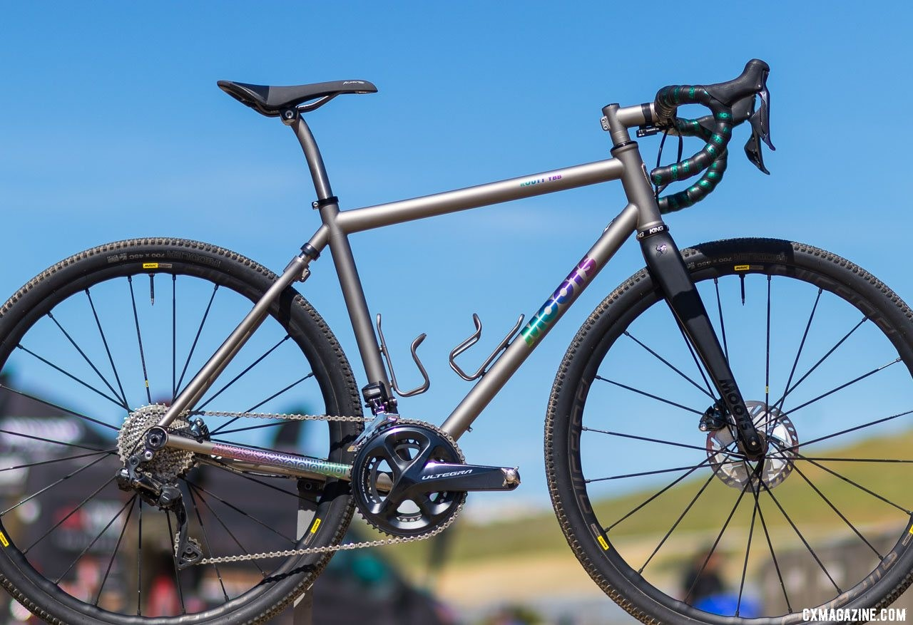 The new Moots titanium Routt YBB brings the softtail micro-suspension to gravel 2019 Sea Otter Classic. © A. Yee / Cyclocross Magazine