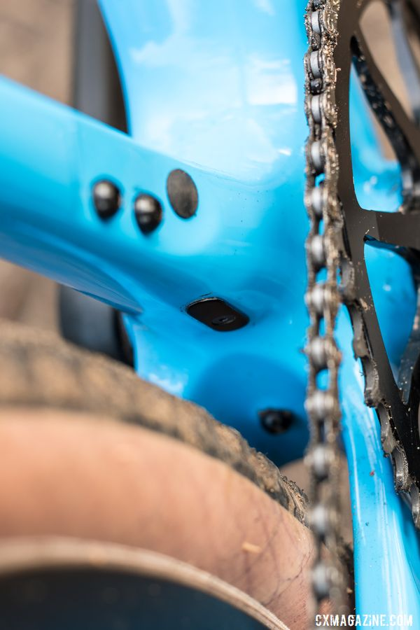 The exit for the front derailleur cable on back of seat tube. Note fender mount behind bottom bracket that is tight with the present tire. Thesis OB-1 Do-It-All Carbon Bike. © C. Lee / Cyclocross Magazine