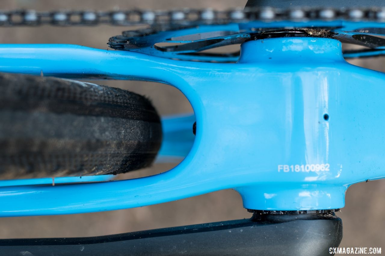 The OB1 has clearance for 650b x 47mm tires. Thesis OB1 Do-It-All Carbon Bike. © C. Lee / Cyclocross Magazine