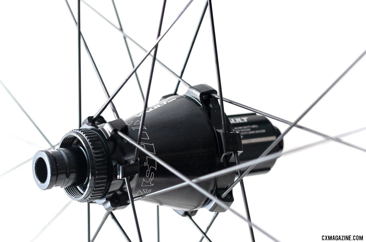 The Vault hub offers CenterLock rotor mounts and 6 degrees of engagement. Easton's new EA90AX tubeless disc brake wheels. © Cyclocross Magazine