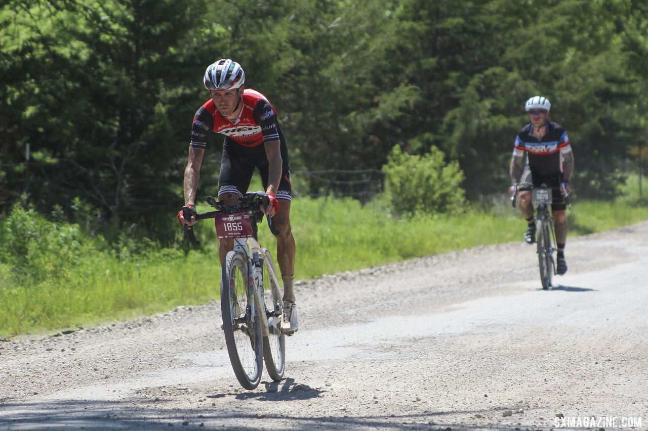 Stetina had time for some fun. 2019 Men's Dirty Kanza 200 Gravel Race. © Z. Schuster / Cyclocross Magazine