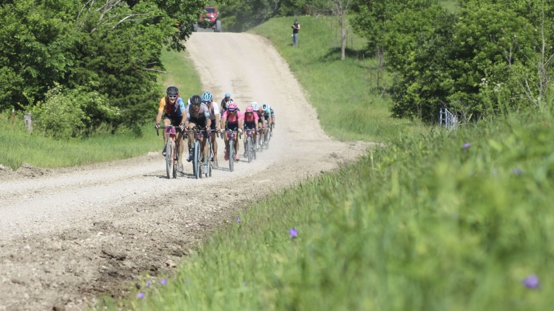 Ted King leads a reduced lead group at Mile 85. 2019 Dirty Kanza 200 Gravel Race. © Z. Schuster / Cyclocross Magazine