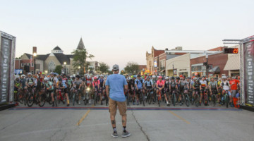 Jim Cummins gives final instructions at the start. 2019 Women's Dirty Kanza 200 Gravel Race. © Z. Schuster / Cyclocross Magazine