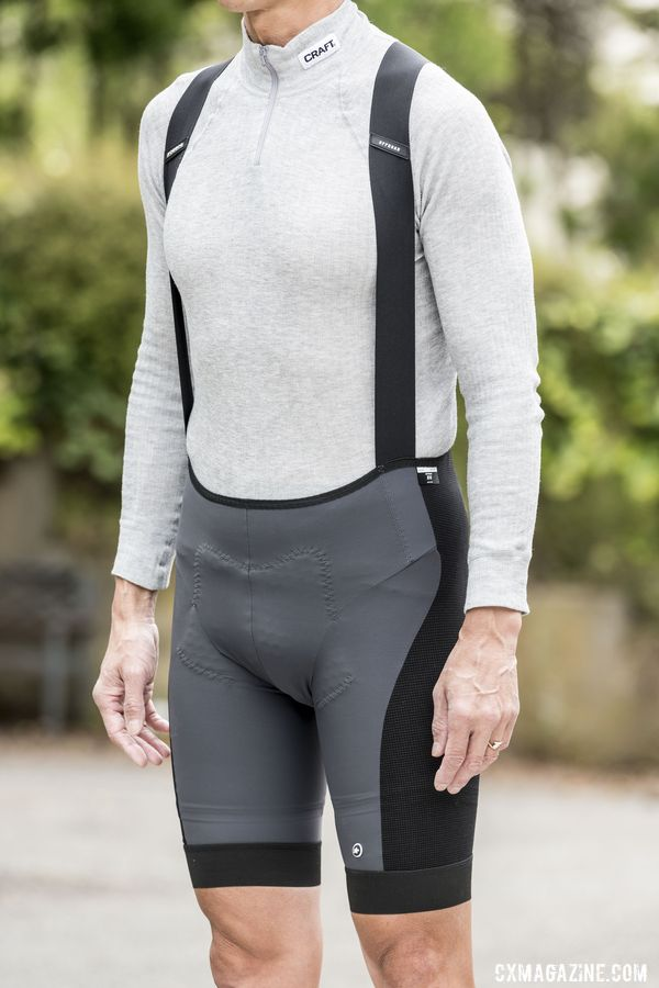 The Assos shorts are made with a tear-proof fabric the company calls DynaRope. Assos XC Bib Shorts. © C. Lee / Cyclocross Magazine