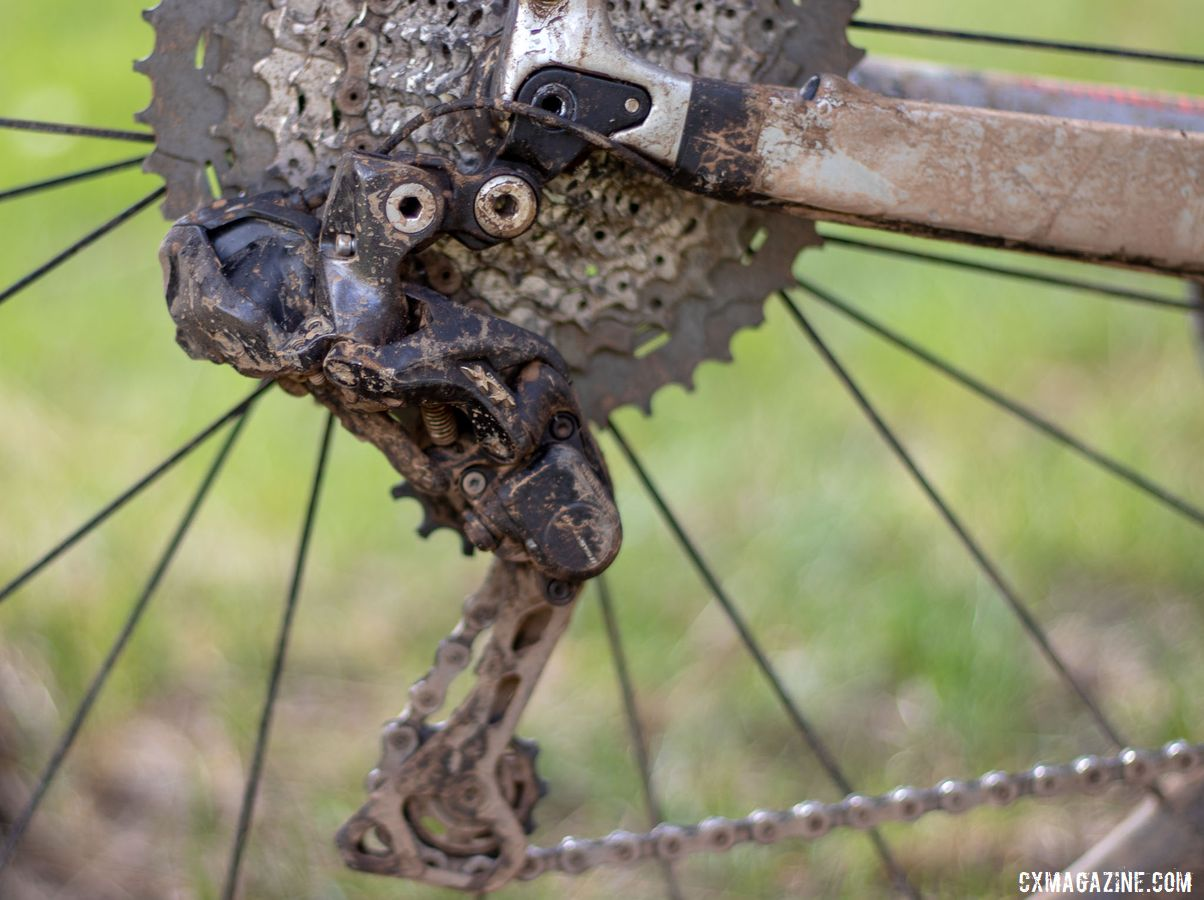 Wicks' 1x setup requires a mountain derailleur to wrap the chain. He selected a Deore XT RD-M8050. Barry Wicks' 2020 Team Edition Kona LIbre. 2019 Lost and Found gravel race. © A. Yee / Cyclocross Magazine
