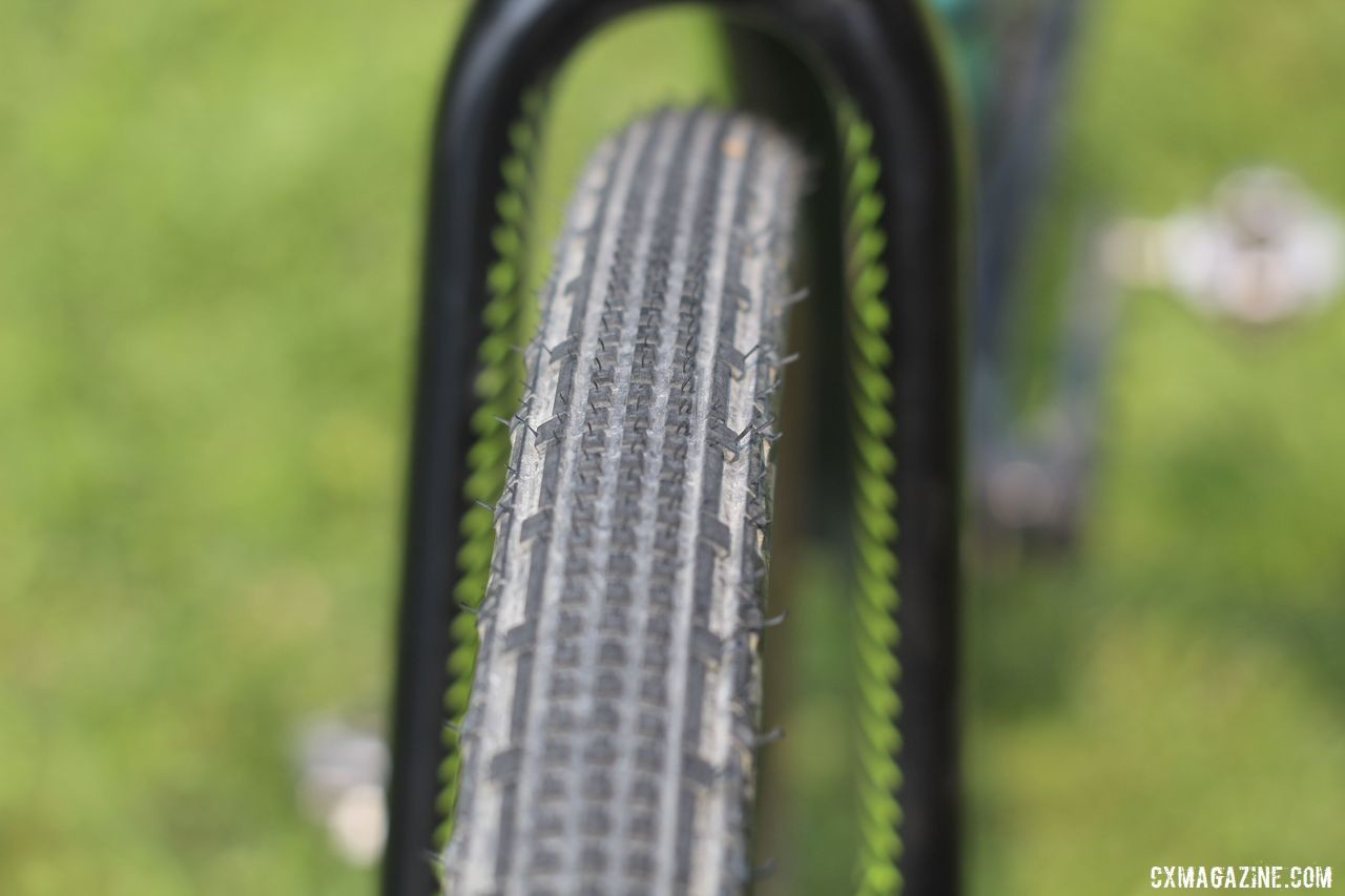 The Cannondale SuperX has claimed clearance for tires up to 40mm wide, making it a good gravel fit. Lauren De Crescenzo's Cannondale SuperX Gravel Bike. © Z. Schuster / Cyclocross Magazine