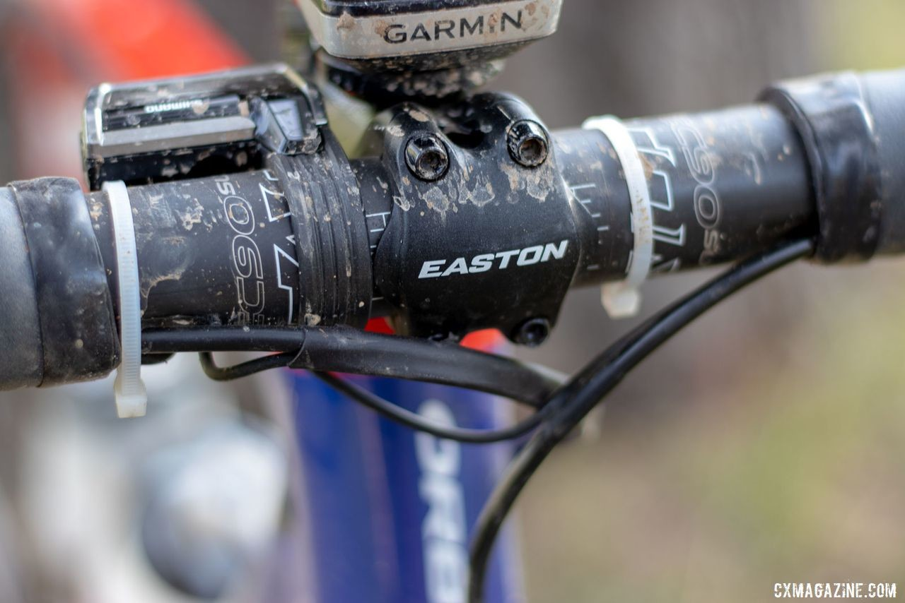 The Easton EC90SL cockpit is one of a few consistencies from last year. Katerina Nash's 2019 Lost and Found-winning gravel bike. © A. Yee / Cyclocross Magazine