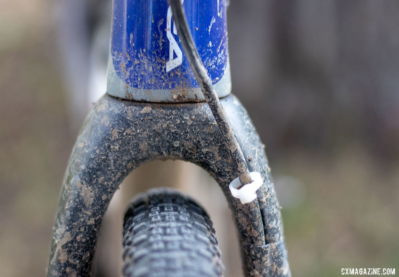 The ENVE Cross fork easily clears Nash's 38mm Ramblers. Katerina Nash's 2019 Lost and Found-winning gravel bike. © A. Yee / Cyclocross Magazine