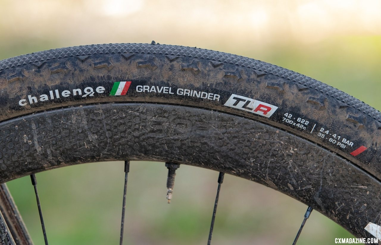 Ortenblad used Challenge's new 42mm Gravel Grinder TLR tubeless tire on Zipp 303 wheels. They appeared substantially larger than advertised. Tobin Ortenblad's 2019 Lost and Found-winning Santa Cruz Stigmata. © A. Yee / Cyclocross Magazine