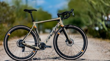 Pivot's all-new versatile Vault cyclocross / gravel bike with a SRAM Team Force 1 AXS eTap build.