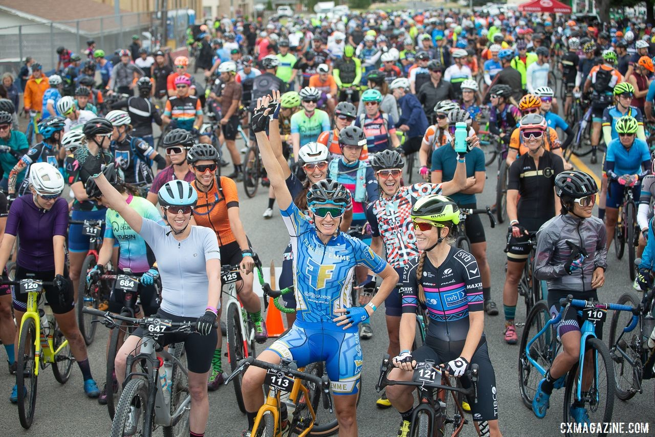 A relaxed start line vibe. Crusher is not a mass start race. 600 plus riders start with their categories only. Photo: Catherine Fegan-Kim