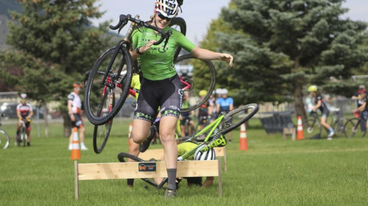 The first relay got rowdy early on behind Lauren Zoerner. 2019 Women's MontanaCrossCamp, Wednesday AM. © Z. Schuster / Cyclocross Magazine