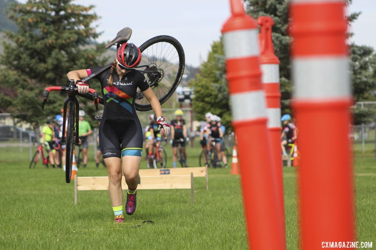 Callah Robinson navigates the Wednesday relay course. 2019 Women's MontanaCrossCamp. © Z. Schuster / Cyclocross Magazine