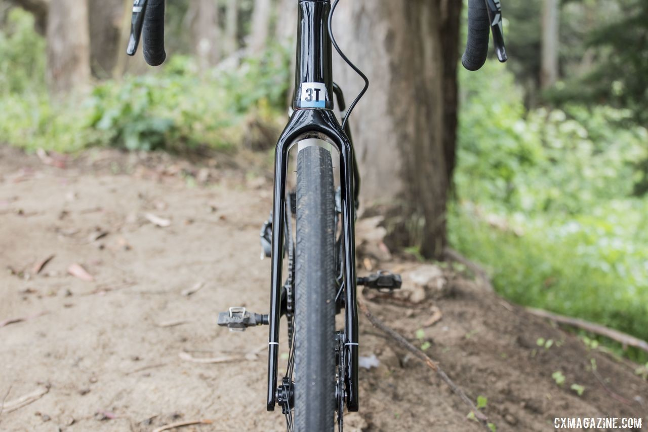 The fork has plenty of clearance for the 650b x 47mm WTB Byway tires. 3T Exploro Team Force Gravel Bike. © C. Lee / Cyclocross Magazine