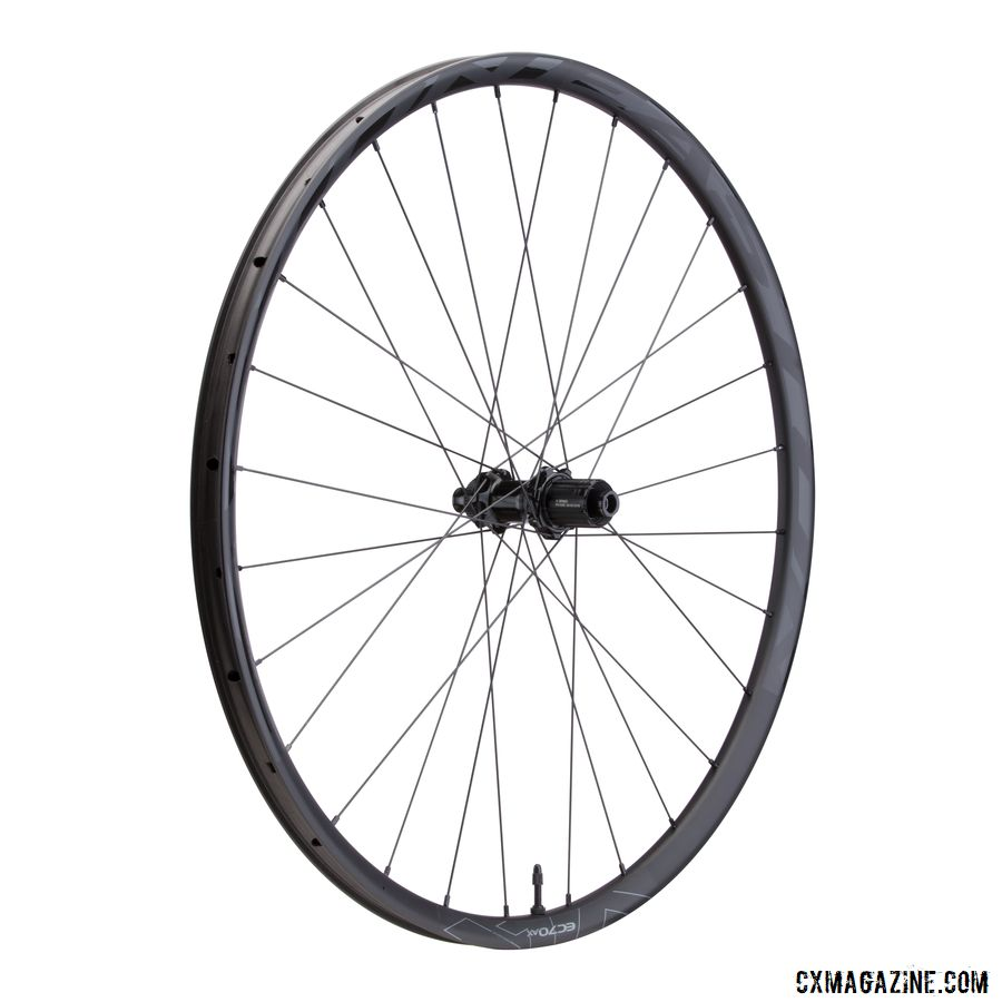 The EC70 AX wheelset is a bit heavier than the EC90 AX and comes with X5 hubs. © Easton Cycling