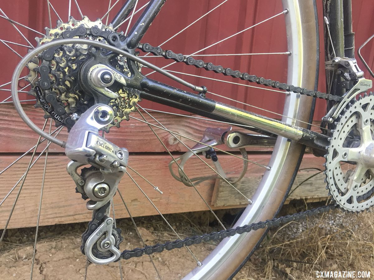 Vaught ran an 11-28t cassette with a 7-speed Cyclone rear derailleur. Greg Vaught's 2019 Gravel Worlds Vintage Sekai Magnum S7 Gravel Bike. © G. Vaught