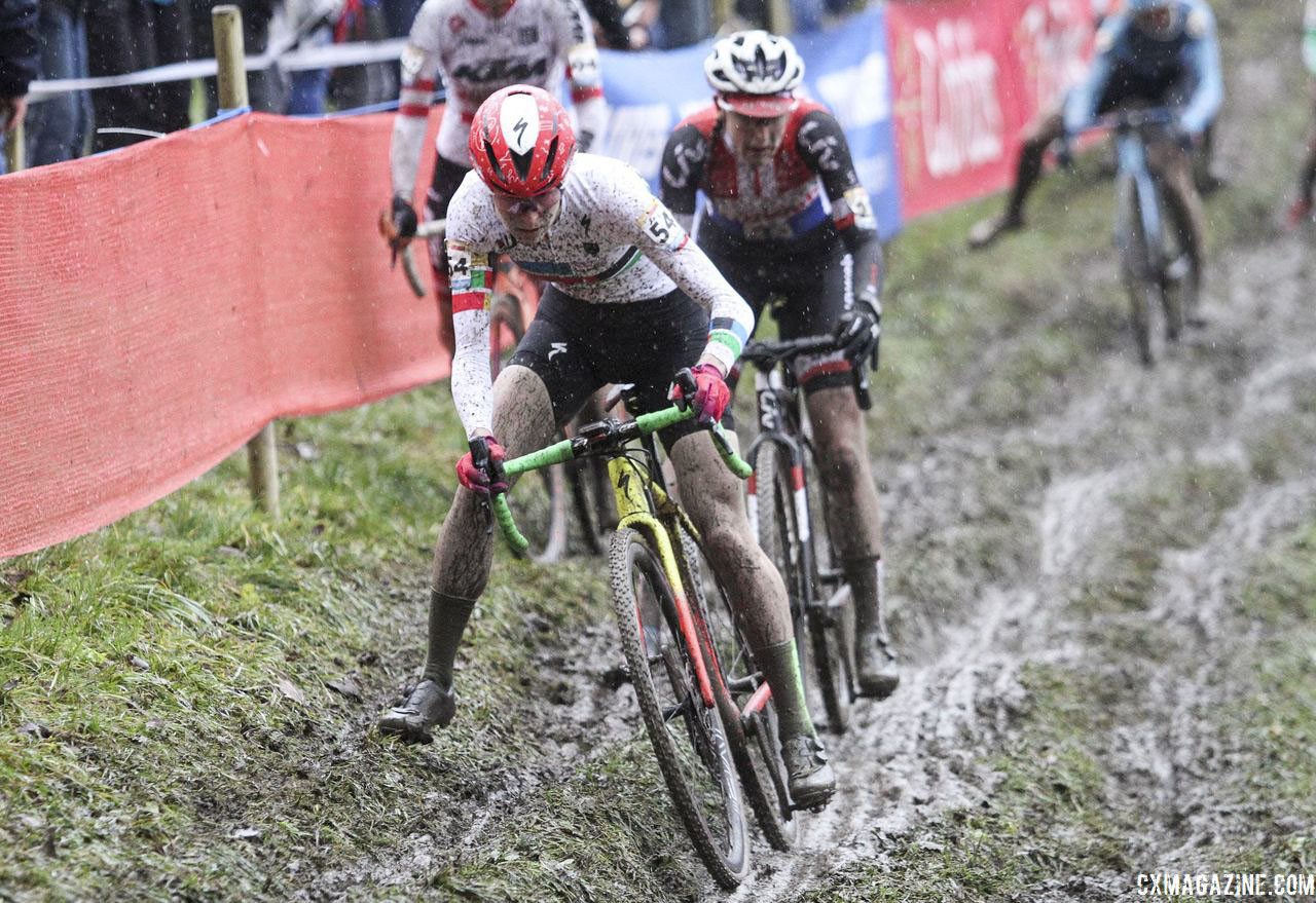 Rochette found a bumpy road in Europe last season. 2018 World Cup Namur. © B. Hazen / Cyclocross Magazine