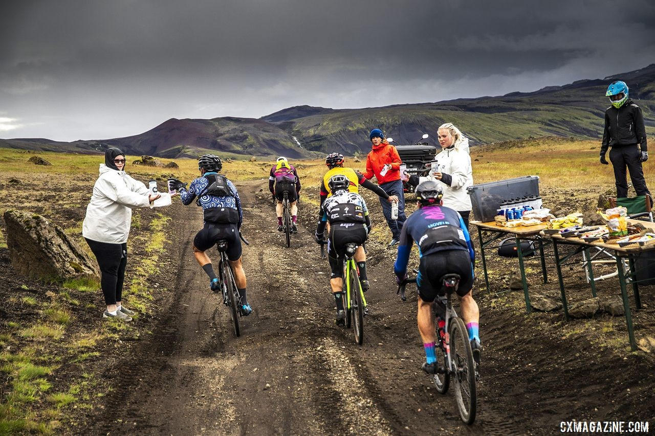 Aid stations helped keep riders fueled up. The Rift Gravel Race 2019, Iceland. © Snorri Thor / Lauf