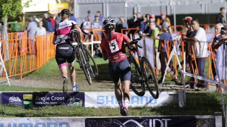 Manon Bakker and Jenn Jackson quickly broke off the front. 2019 Jingle Cross Friday Night Elite Women. © D. Mable / Cyclocross Magazine