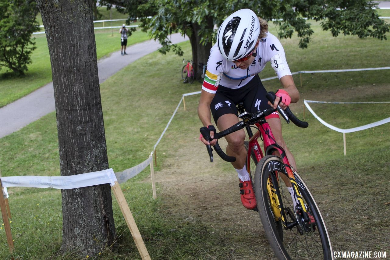Maghalie Rochette had a big gap in Lap 2. 2019 Rochester Cyclocross Day 1. © Z. Schuster / Cyclocross Magazine