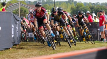 Laurens Sweeck leads out the holeshot. Elite Men, 2019 Trek CX Cup. © D. Mable / Cyclocross Magazine