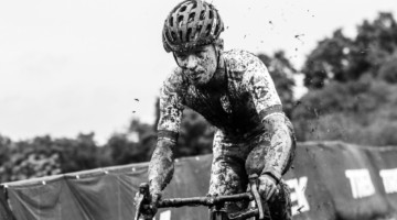 Iserbyt kicked up a storm and left the others to weather it. 2019 World Cup Waterloo. © D. Mable / Cyclocross Magazine