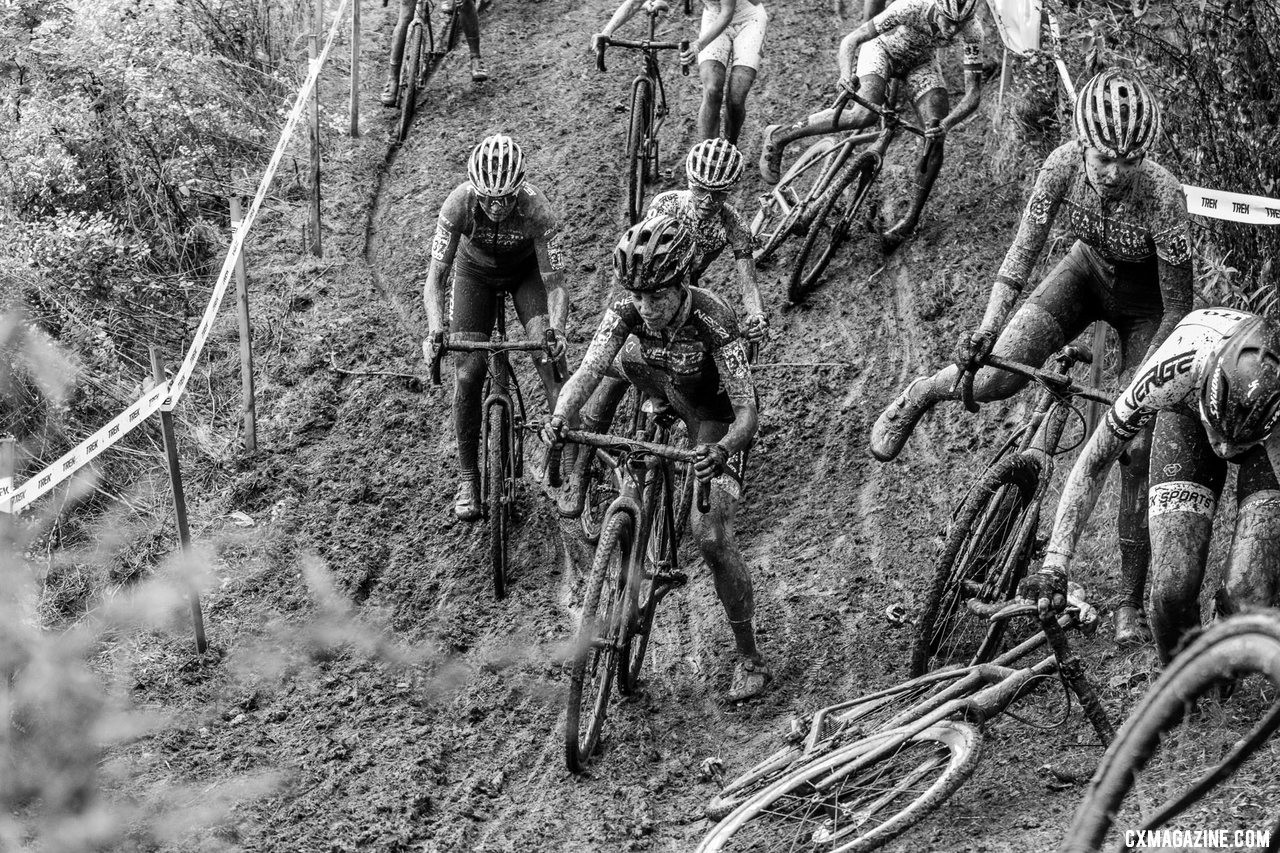 The many off-cambers on the World Cup Waterloo course turned treacherous in the mud. 2019 World Cup Waterloo, Elite Women. © D. Mable / Cyclocross Magazine