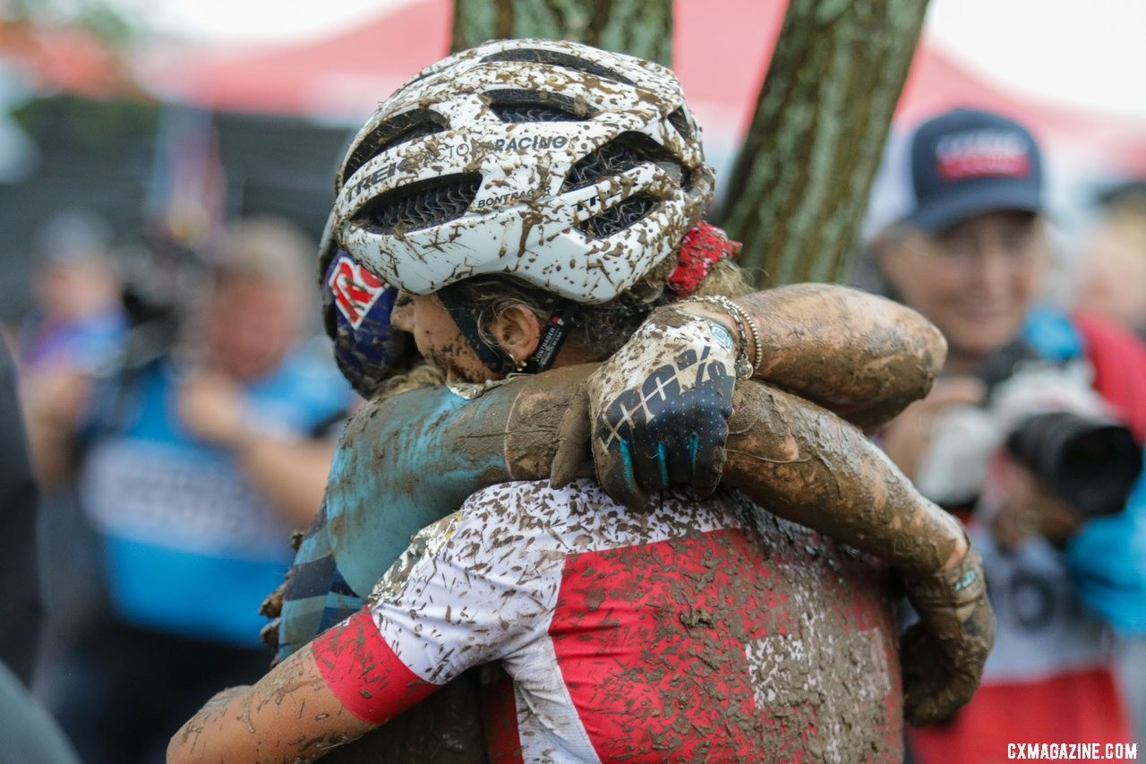 Teammates Jolanda Neff and Evie Richards share a hug after their battle in Waterloo. 2019 World Cup Waterloo, Elite Women. © D. Mable / Cyclocross Magazine