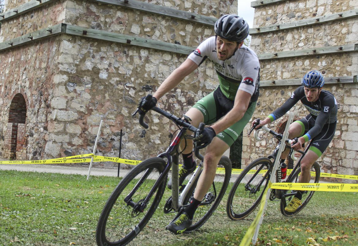 The historic lime kilns provide an iconic backdrop for PumpkinCross. 2017 Grafton Pumpkin Cross. © Z. Schuster / Cyclocross Magazine