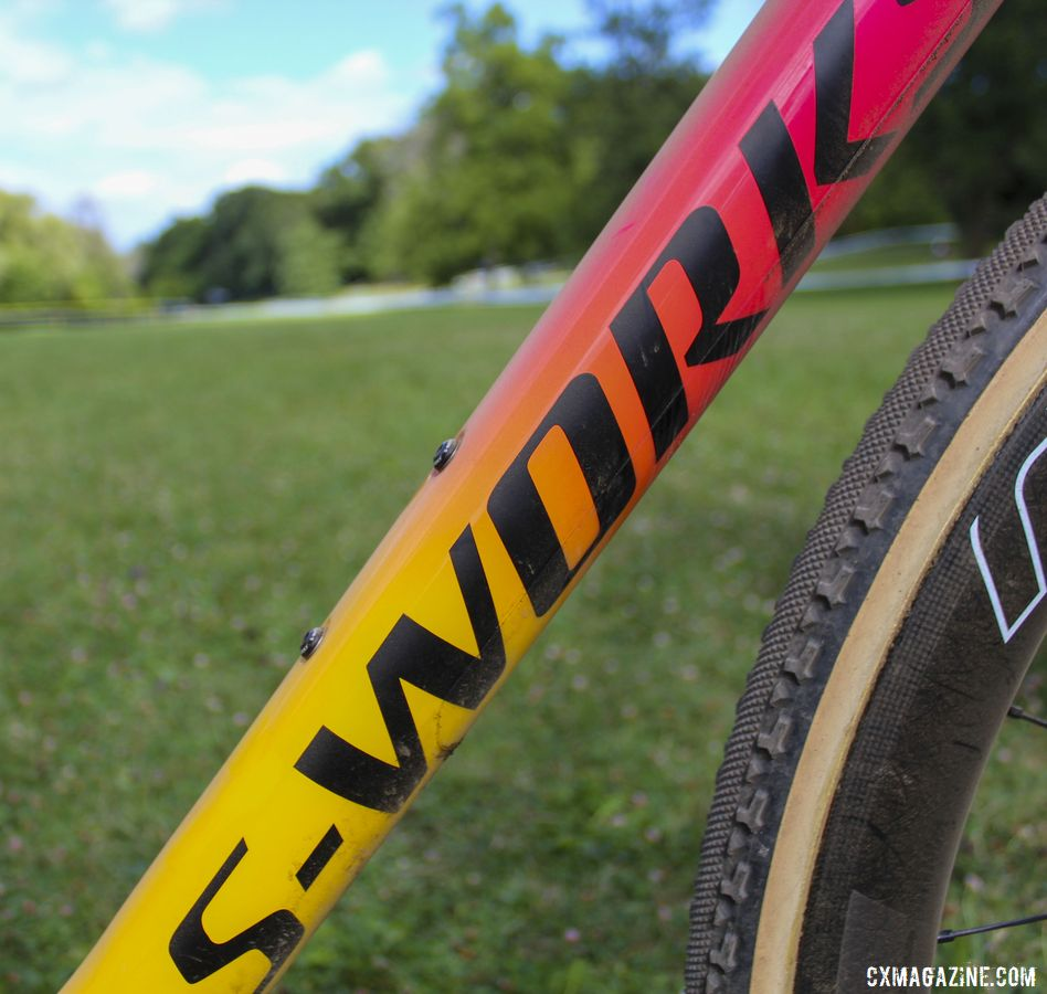 The new S-Works Crux has a fade reminiscent of a sunset. Maghalie Rochette's Rochester Cyclocross-winning S-Works Crux. © Z. Schuster / Cyclocross Magazine