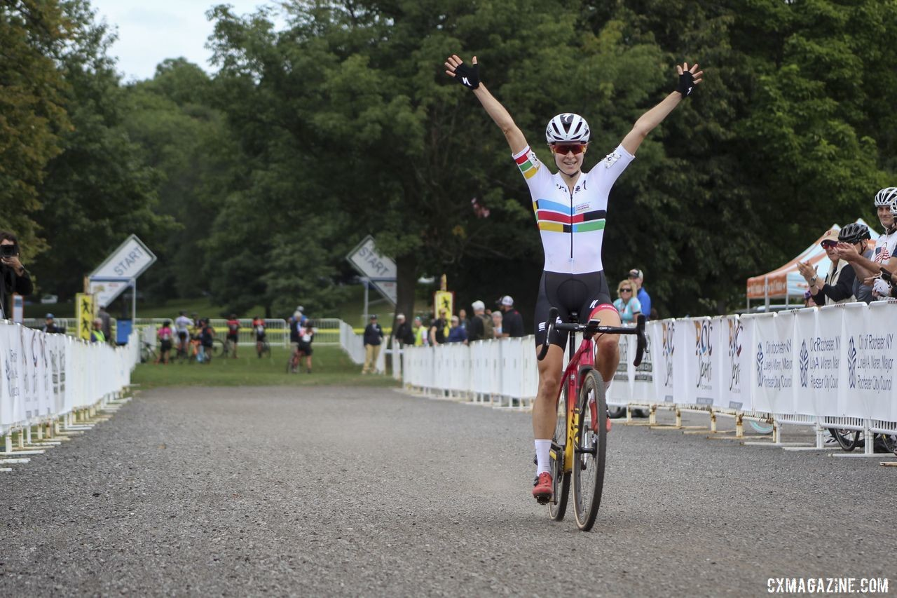Maghalie Rochette celebrates her double at Rochester. 2019 Rochester Cyclocross Day 2. © Z. Schuster / Cyclocross Magazine