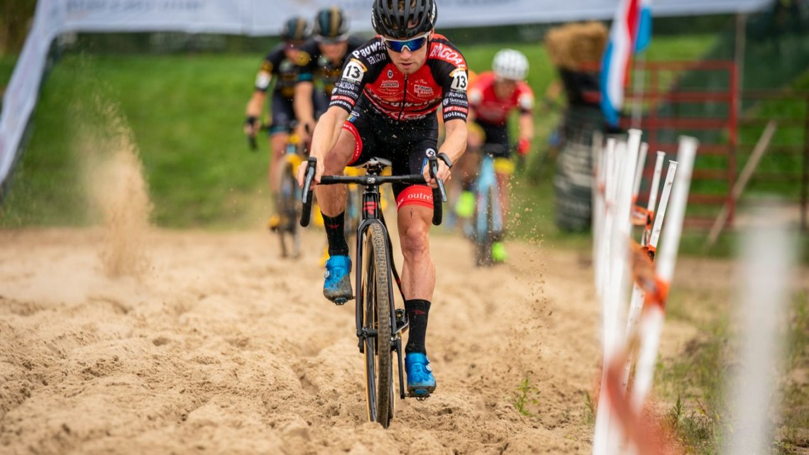 Eli Iserbyt leads through the sand en route to his World Cup win. 2019 Jingle Cross Weekend. © Drew Coleman