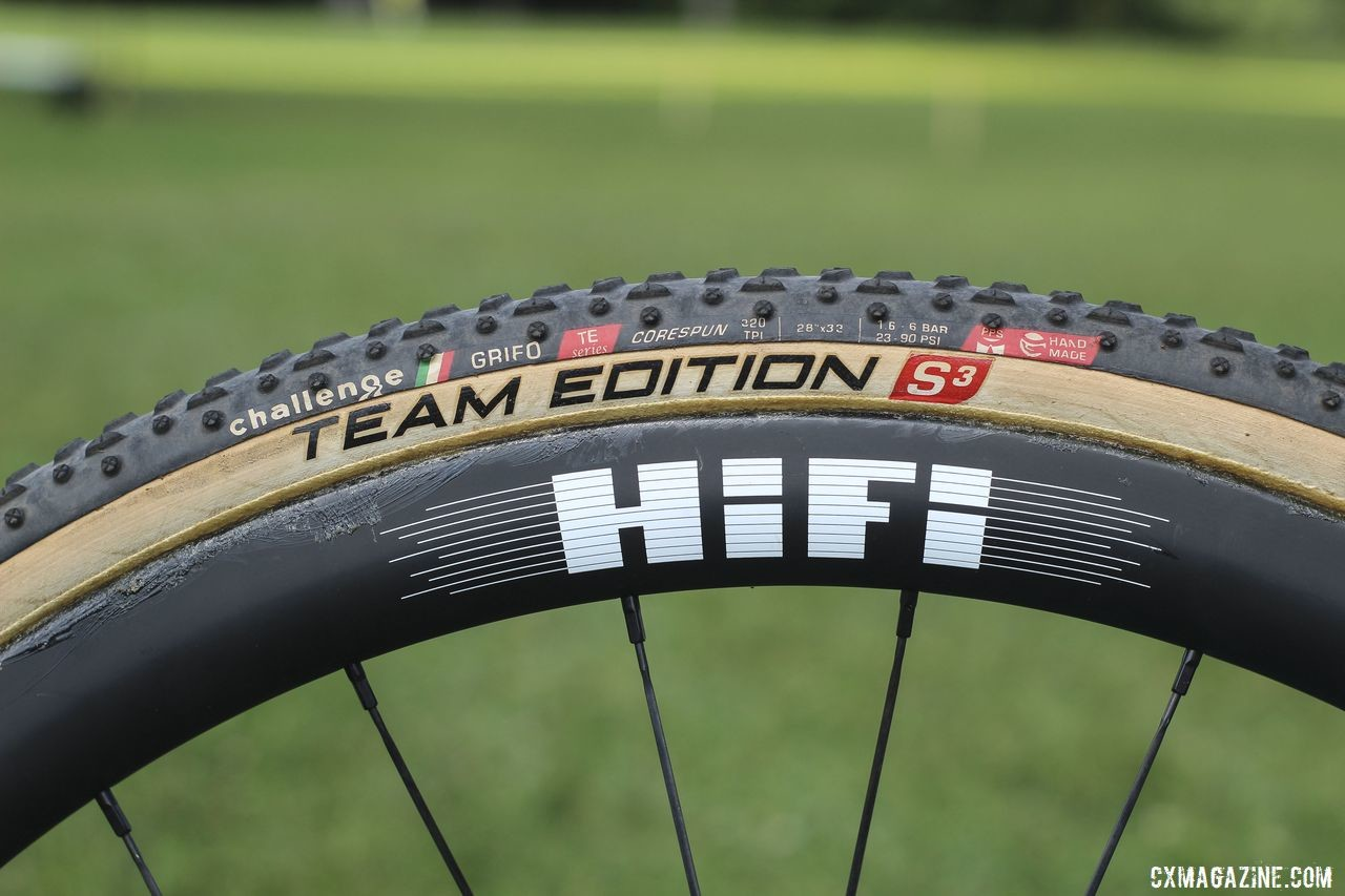 Team S&M CX added Challenge as a sponsor this year, and the team is racing on Team Edition tubulars. Clara Honsinger's 2019/20 Kona Major Jake. © Z. Schuster / Cyclocross Magazine