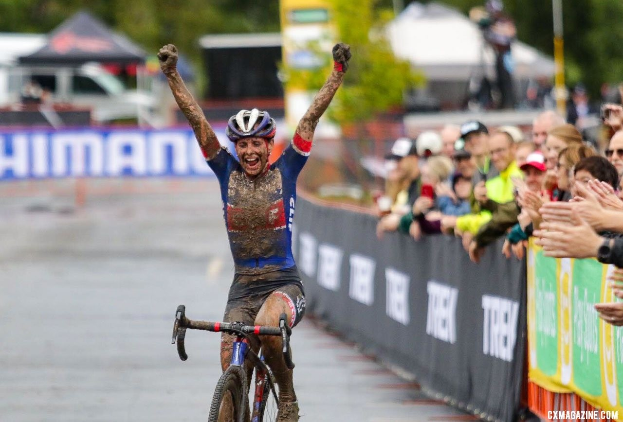 Katerina Nash wins the 2019 World Cup Waterloo. © D. Mable / Cyclocross Magazine