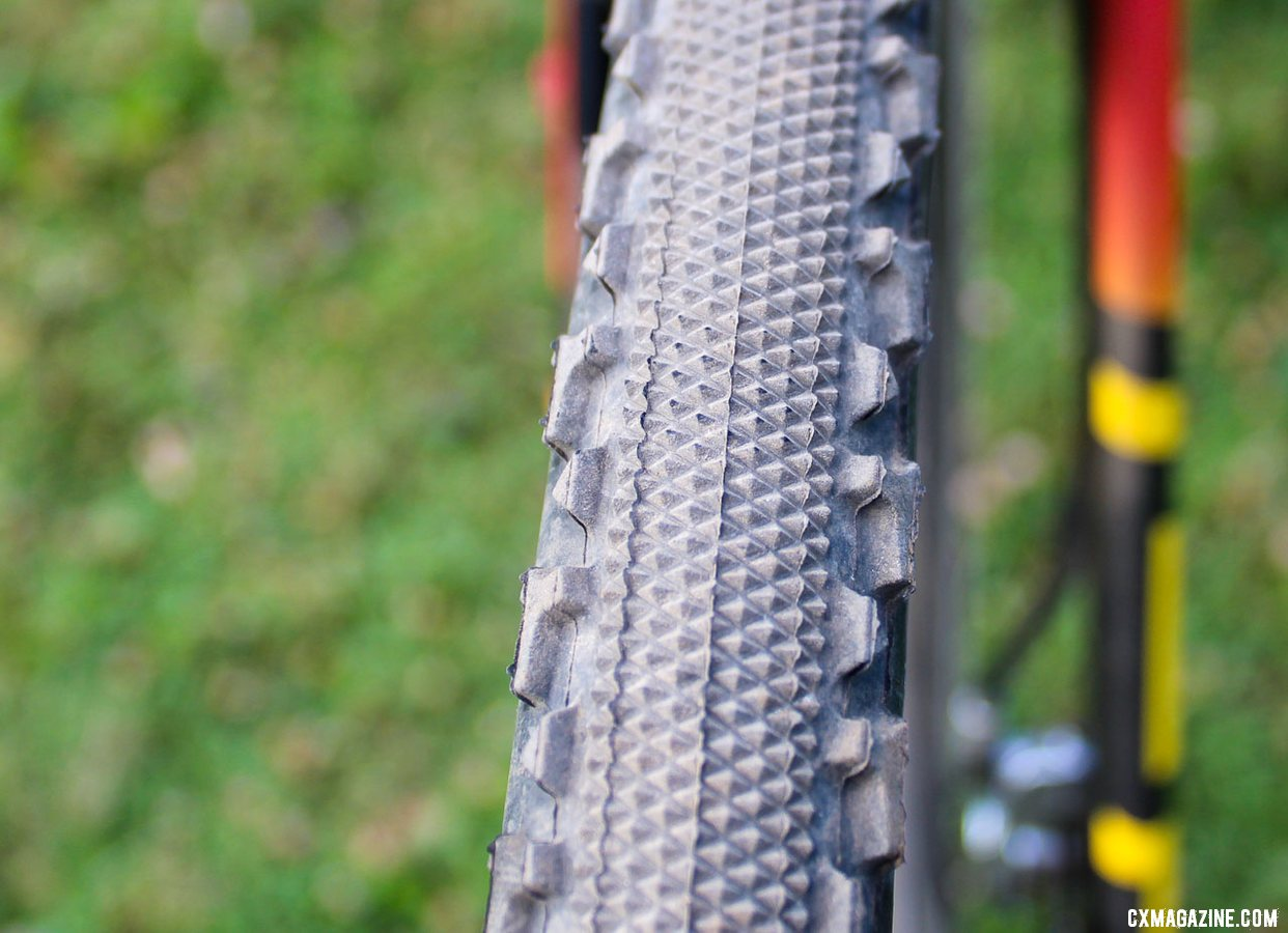 Challenge Tires' Chicane file tread offered a fast-rolling center with aggressive side knobs. Maghalie Rochette's Rochester Cyclocross-winning S-Works Crux. © Z. Schuster / Cyclocross Magazine